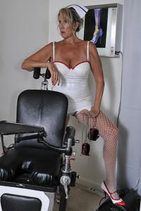 Inset-MadameMedicine